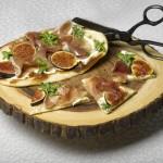 Fig, Prosciutto & Chévre Pizza
