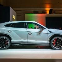 Lamborghini_ProfileShot